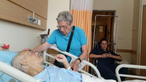 נעם, דפנה ורומי, בבית חולים, 2014