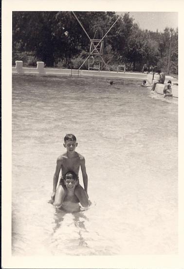 נעם ומיכה 1966